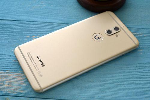 又一国产手机巨头将倒下!手机行业洗牌在即,余承东预言成真?