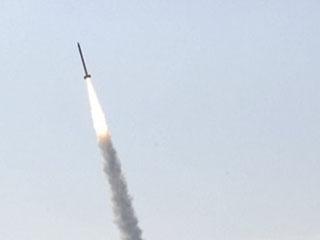 世界最小火箭发射升空 机体由家电零件构成