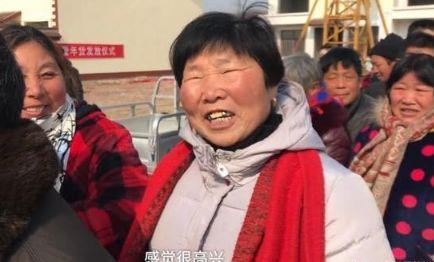 刘强东回老家拜年,砸500万给乡亲们,网友:俺村缺这样的村长