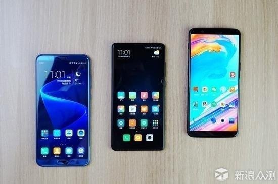 2018年,手机市场还会是全面屏之争吗?