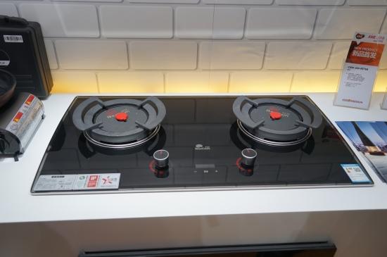 超高热效率 红日红外线燃气灶荣获多项大奖