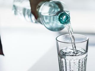 细菌超标10倍 净水器也能变身脏水器