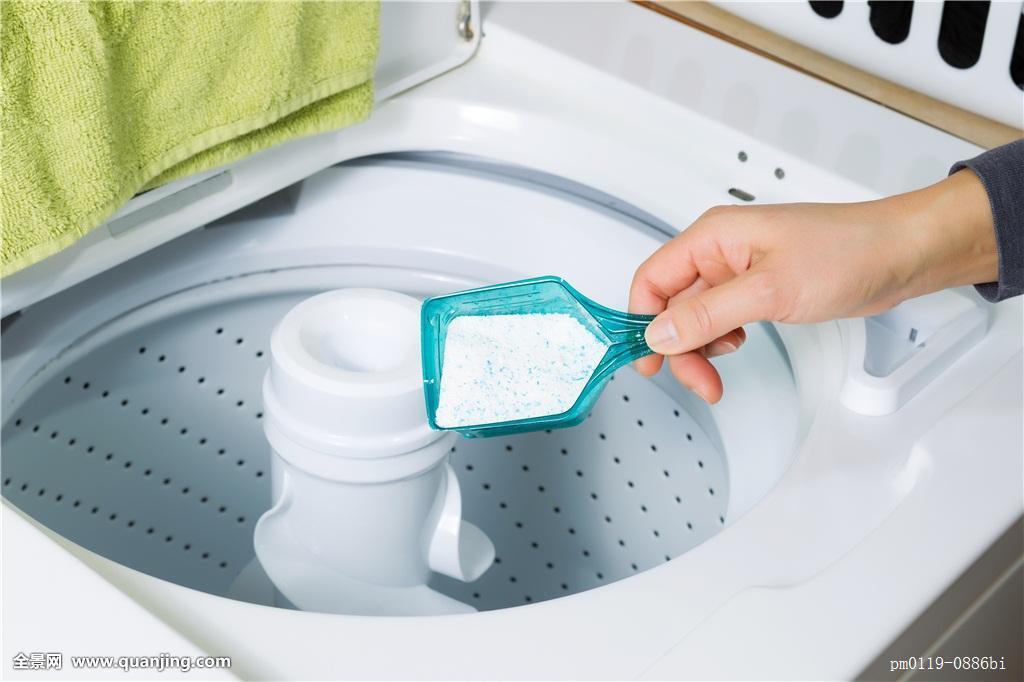 洗衣液和洗衣粉哪个好用?别傻傻用错了!