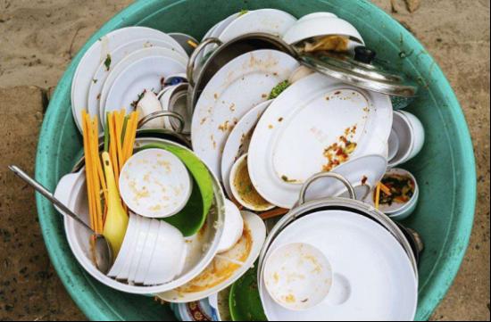 解放双手缔造品质生活 现代生活洗碗机必不可缺
