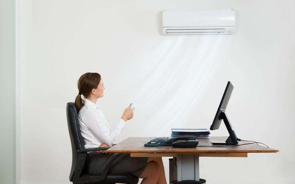夏天快到空调严阵以待,变频定频哪款合适我们?