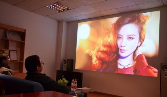 中国企业要巩固市场地位 将激光电视向全世界推广