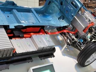 韩国电池厂商加大对华投资:补贴结束机会来了
