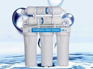 企业加速战略布局 净水器市场增长平稳