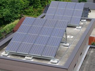 日本:自家屋顶上免费安装太阳能发电板