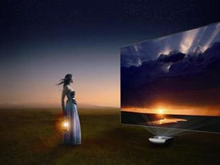 标价悬殊亮度虚标 激光电视市场有点乱