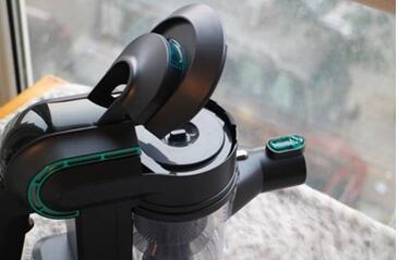 清洁无死角 小狗电器打造无线吸尘新体验