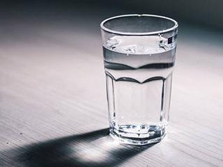 保障饮水安全 家用净水器该怎么选?