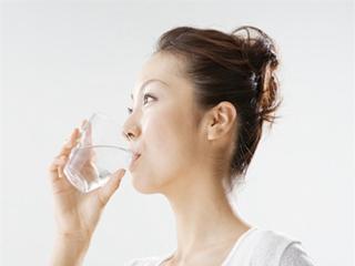 记得多喝白开水,这大概是最长情的告白