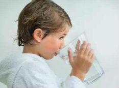 想让孩子快乐过暑假,你需要这几款饮水机