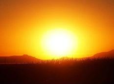 英媒:新太阳能材料将窗户变为智能设备