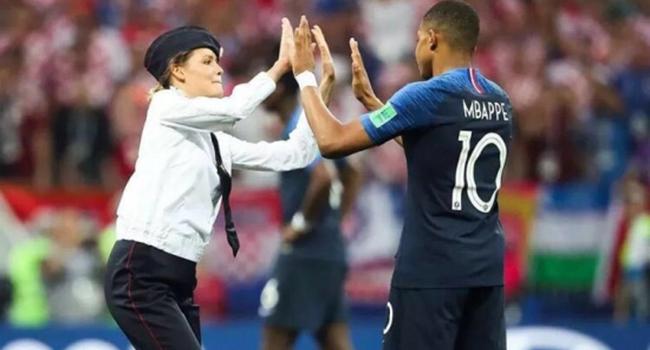 世界杯落幕,而她竟然……