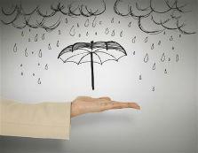 海尔空气净化器净化除湿多重保险 不怕雨季