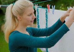 洗衣机内部潮湿 防霉菌要常开洗衣机盖
