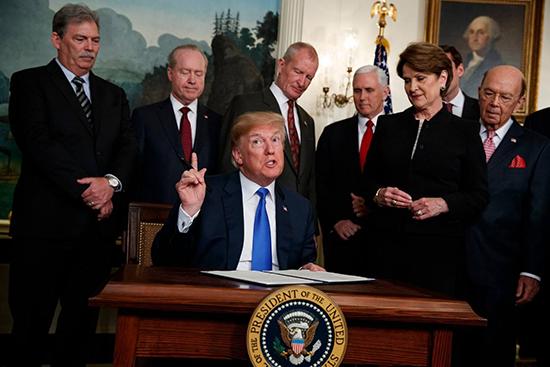 特朗普加征关税恶果初现 美国恐将万物普涨