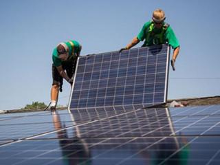 特斯拉不再买与松下合资工厂的全部太阳能电池板