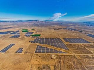 雨后春笋!超大规模太阳能发电站在世界范围内崛起