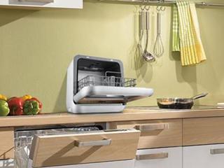 """为什么洗碗机比手洗干净""""100倍"""" ?看完秒懂!"""