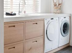 为什么洗衣机工作时会震动移位?竟然是…