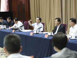 李克强:下一步要更大力度简政、减税、减费