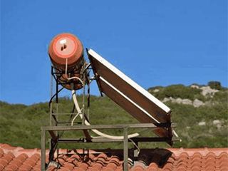 农村装太阳能还是电热水器划算?各有利弊