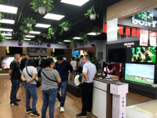 黄金周家电快消市场势头强劲,央媒点赞苏宁