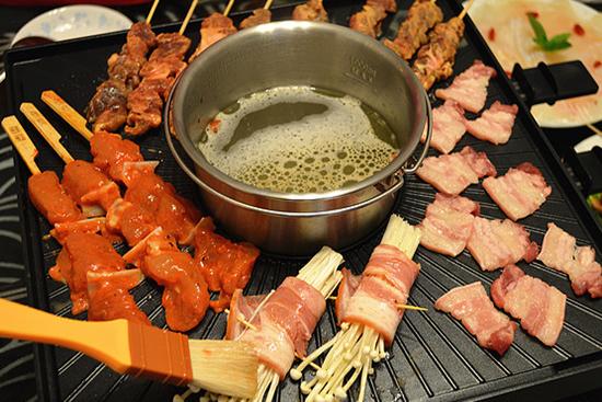 火锅还是烤肉?索利斯多功能涮烤机帮你扫清纠结