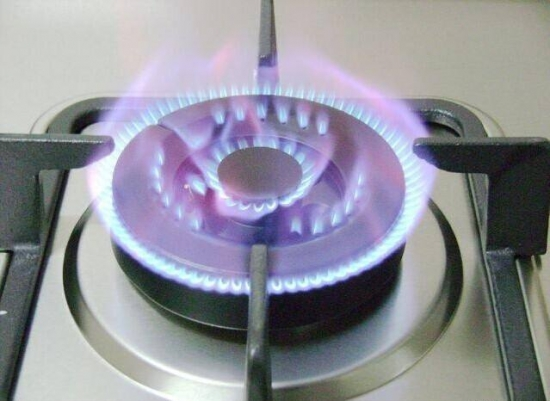 干货知识:教你选购适合的燃气灶!