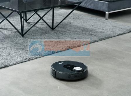 扫地机器人好用吗?不知道湿拖技术别说你很懂