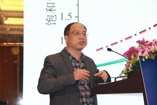 华中科技大学能源与动力工程学院教授何国庚