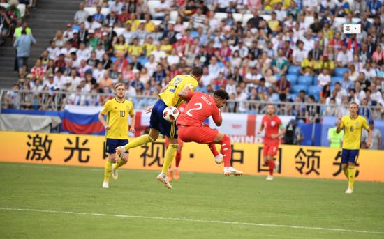 在世界杯赛场上,海信为中国激光电视产业代言。