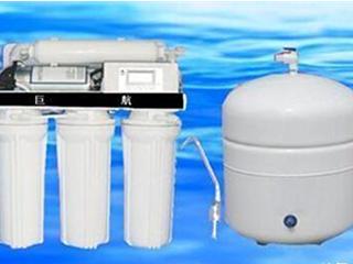 选购净水器是储水式好还是即饮式好?
