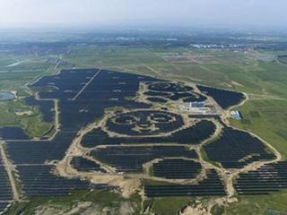 中国太阳能光伏行业的崛起与难题