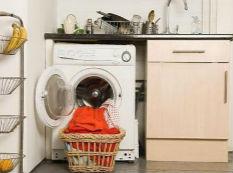 洗衣机+洗衣液就OK?不同污渍清洗大不同