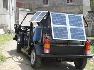 再也不用为电动汽车充电发愁了!这款太阳能汽车能边跑边充电