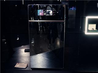 "AI赋能下 TCL X10冰洗新品打造""硬核""生活美学"