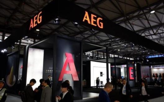 百年AEG亮相AWE 引爆全场