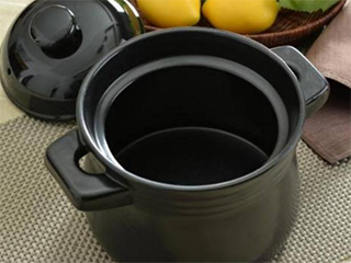 如何选购电炖锅,电炖锅紫砂好还是白瓷好?