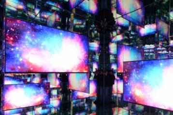 """三星""""8K次元空间""""展现∞宇宙"""