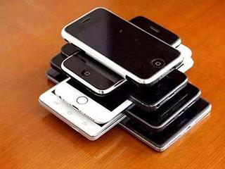 """你的二手手机还在家里""""睡觉""""?这家公司一年回收千万部手机"""