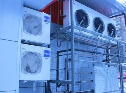 """俄罗斯连锁超市发现最大""""海尔空调墙集群"""":1万面、3万套"""