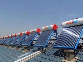 """为啥夏天大家也不爱装""""太阳能热水器""""?不少人不懂原因!"""