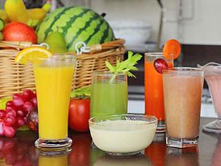 好营养喝出来 选迷你榨汁机共度健康夏季