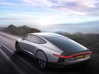 续航可达725km!Lightyear公司发布首款太阳能汽车