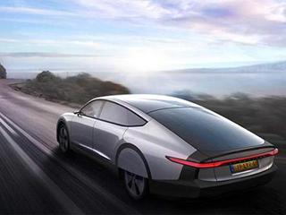 新能源汽车发展新方向:头顶电池板,脚踏风火轮