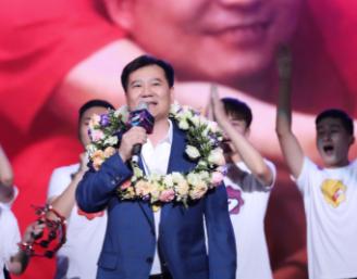 张近东20年坚持办苏宁之夏:成功企业家都离不开这些特质